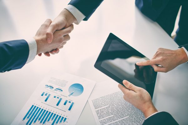 Contratos eletrônicos reconhecidos como títulos executivos extrajudiciais