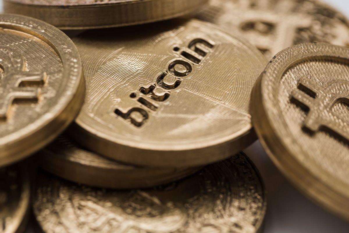 Operações com criptmoedas devem ser declaradas com certificado digital