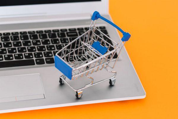 Aplicativos e meios de pagamentos digitais impulsionaram o e-commerce no 1º semestre