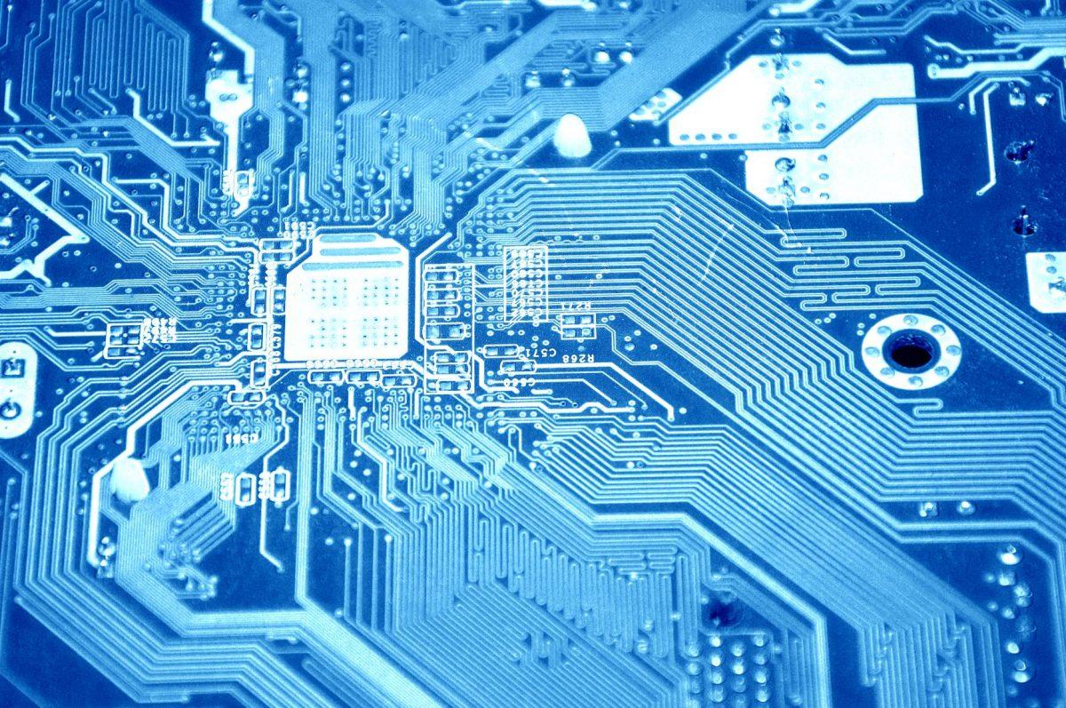 O impacto da inteligência artificial na indústria de manufatura