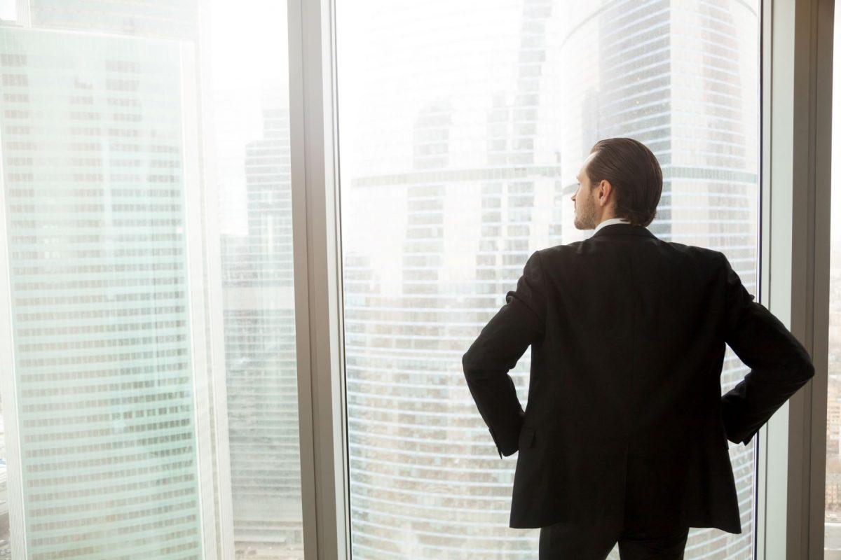 Não deixe o futuro da sua empresa nas mãos de terceiros