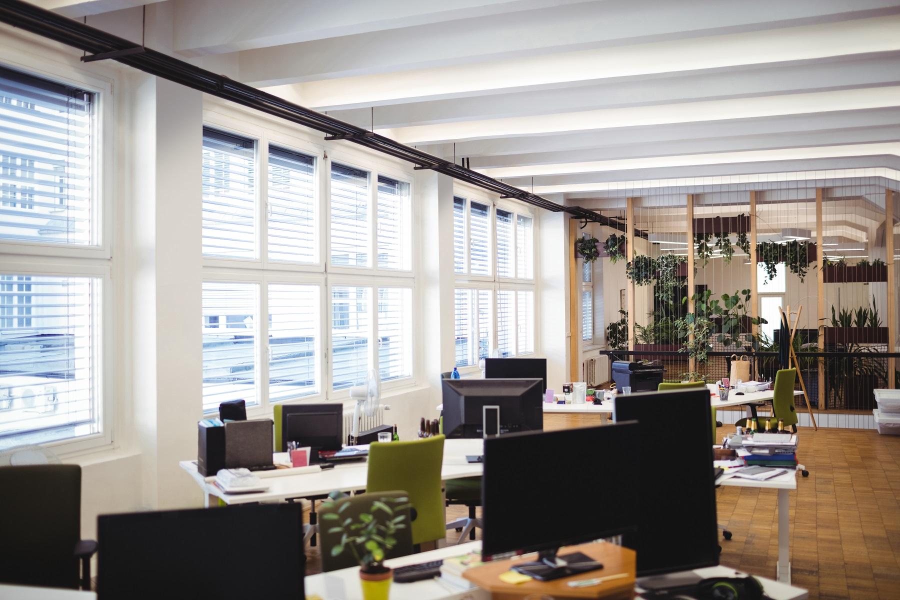 Confira 4 dicas de como organizar o seu escritório